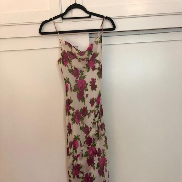 Betsey Johnson Dresses & Skirts - Betsey Johnson Floral Dress - Parties / Weddings!